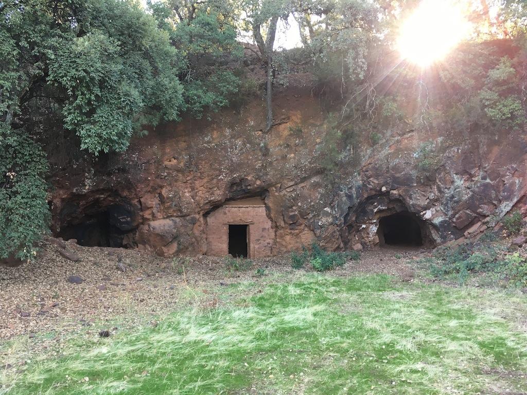 Cuevas de la lima