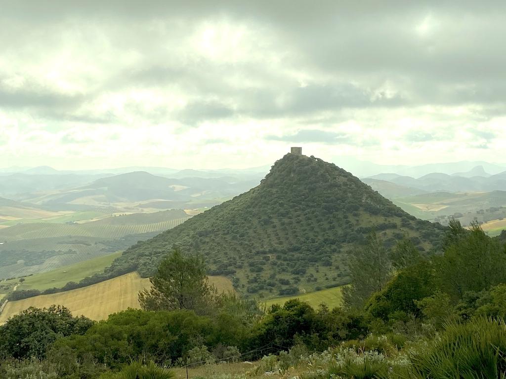 Senderismo astronómico en el Castillo de Cote